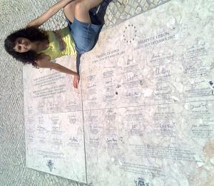 Placa conmemorativa de la firma del Tratado de Lisboa (13.12.2007) en el Monasterio de los Jerónimos de Belém (Lisboa)
